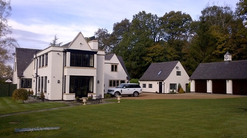 Treetops Six Bed Cheshire Home Gets Special Exterior Finish