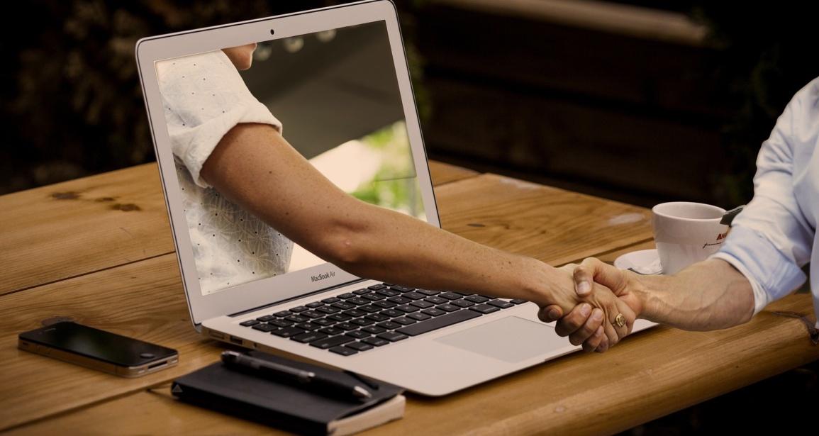 handshake 3382503 1920